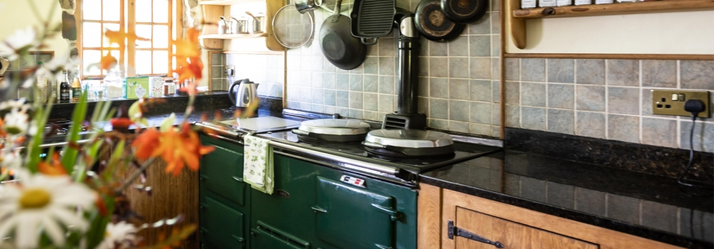 Cosy Country Kitchen with Aga